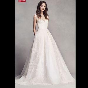White VERA WANG Pleated V Neck Wedding Dress